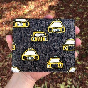 🎁Michael Kors Taxi 🚕 Wallet